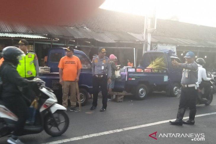 Dishub Gianyar tertibkan parkir motor semrawut