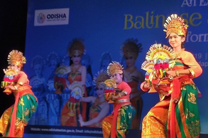 Tarian khas Bali sedot perhatian masyarakat India