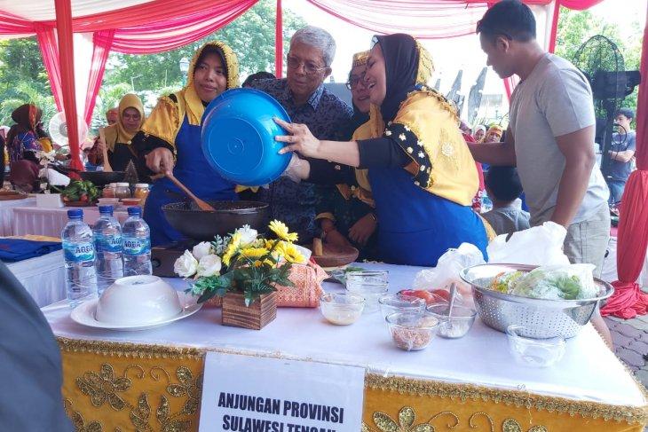 Adu hebat masak rendang dari 27 perwakilan provinsi