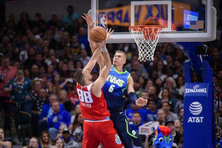 Kings bungkam Mavericks 110-106 poin