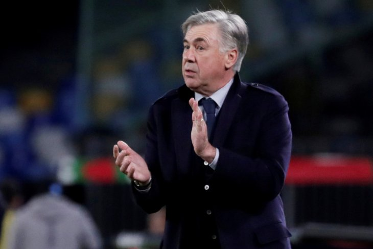 Ancelotti dipecat setelah Napoli lolos ke Liga Champions
