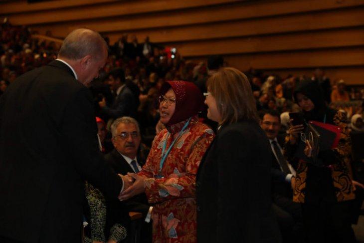 Surabaya mayor meets Erdogan, inspires Turkey's women
