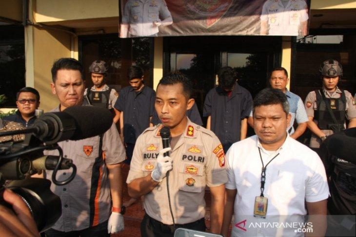 Polisi buru empat pelaku begal turis domestik di hostel Kota Tua