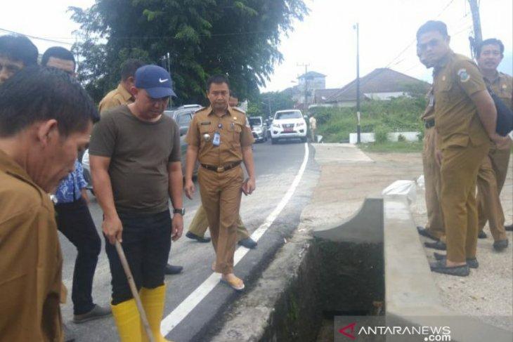 Wali Kota Pangkalpinang tinjau kawasan rawan banjir