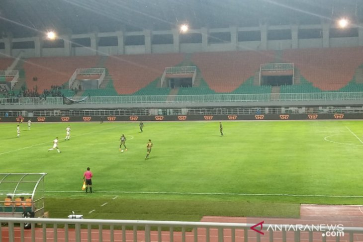 Tira Persikabo-Persela Lamongan bermain imbang 1-1 di laga kandang terakhir
