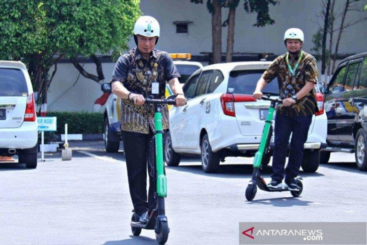 Operasional skuter listrik di Kota Bogor masih akan dikaji