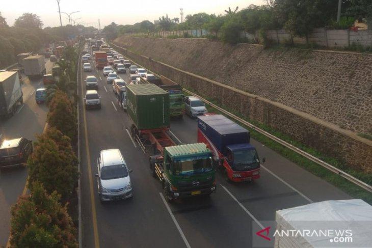 Tol Trans Jawa alami kenaikan arus kendaraan pemudik mencapai 40 persen