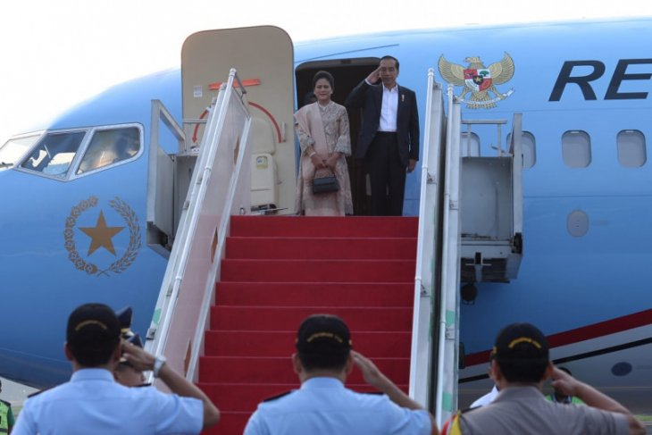 President Jokowi departs for East Java to visit petrochemical plant