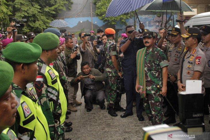 Panglima TNI: Langsung ambil tindakan jika temukan persoalan di gereja