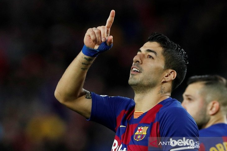 Jelang libur musim dingin, Barcelona di puncak unggul dua poin