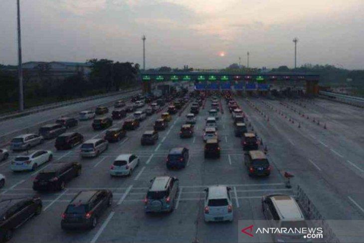 Ada 49.172 kendaraan tinggalkan Jakarta H-3 Natal