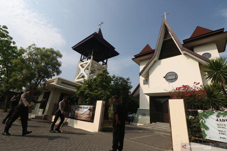 Sterilisasi Gereja di Surabaya