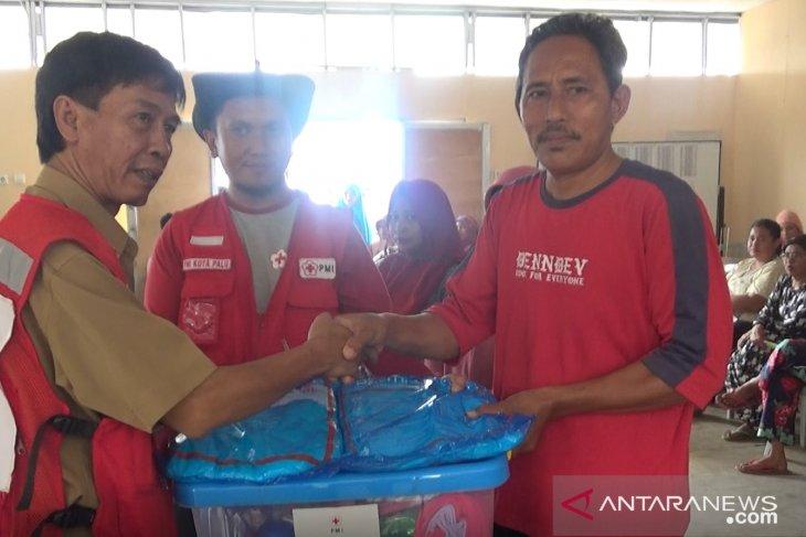 PMI Palu salurkan ribuan paket bantuan untuk penghuni huntara di Petobo