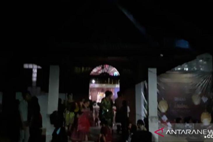 Misa Natal di Muara Batang Toru terganggu akibat listrik padam