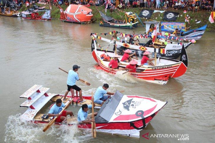 Festival Balap Gethek Banyuwangi cara menjaga kebersihan sungai