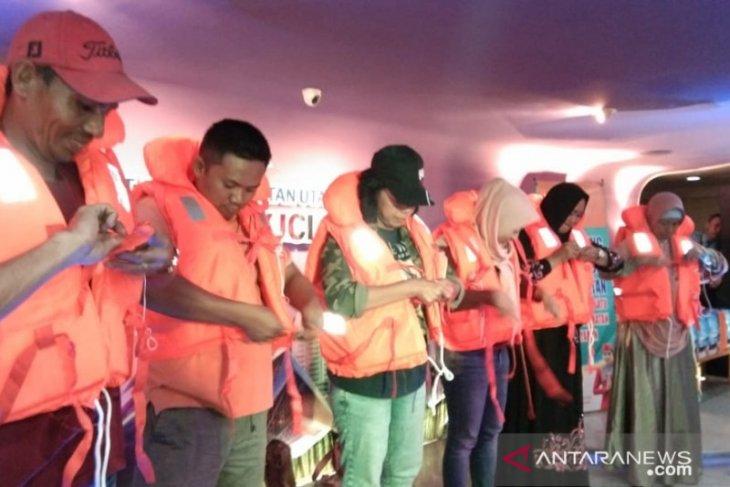 PT Dharma Lautan Utama gelar sosialisasi keselamatan berlayar