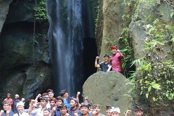 Pemkab Bangli kembangkan wisata air terjun