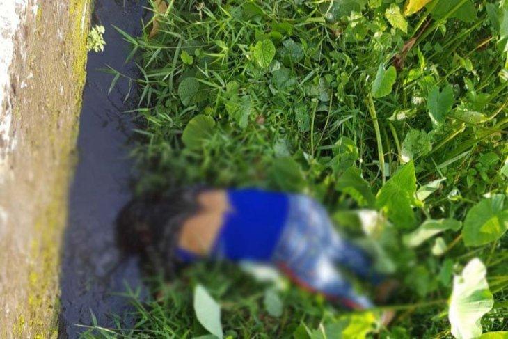 Melaju kencang dan motor tak terkendali, Afrizal alias Dewi Bencong tewas di jalanan