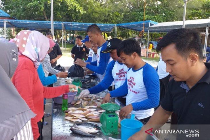 Dinas Perikanan Belitung gelar bazar ikan murah