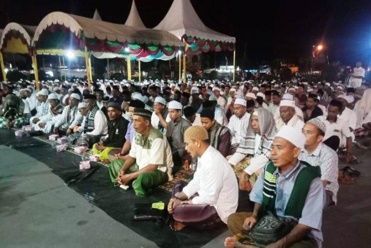 Bupati ajak warganya doakan Indonesia aman pada 2020