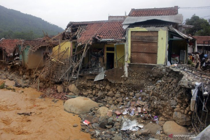 Kementerian BUMN tugaskan BNI galang bantuan korban banjir Lebak
