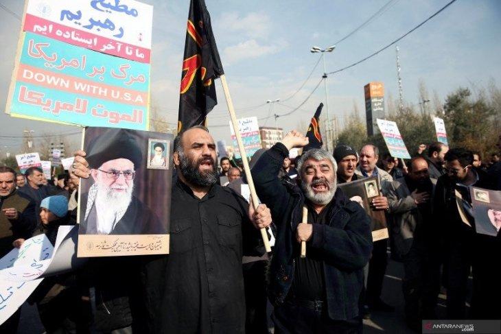 Iran gempur pangkalan udara Irak tidak lama usai pemakaman Soleimani
