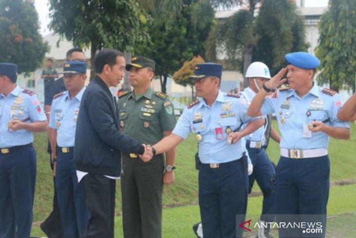 Helikopter ditumpangi Jokowi batal mendarat karena cuaca buruk di Sukajaya Bogor