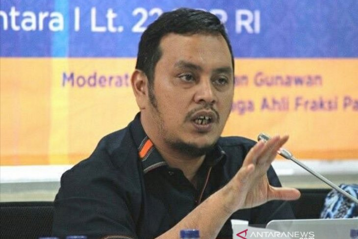 DPR to summon TVRI commissioners over president director's dismissal