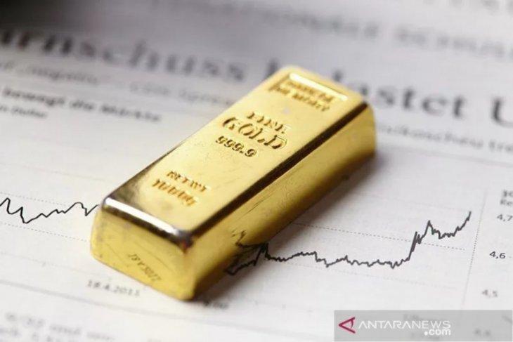 Emas turun, setelah kekhawatiran virus China berkurang