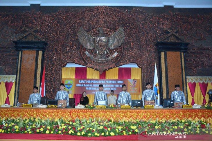 Ribuan undangan hadiri paripurna DPRD dalam rangka HUT ke-63 Provinsi Jambi