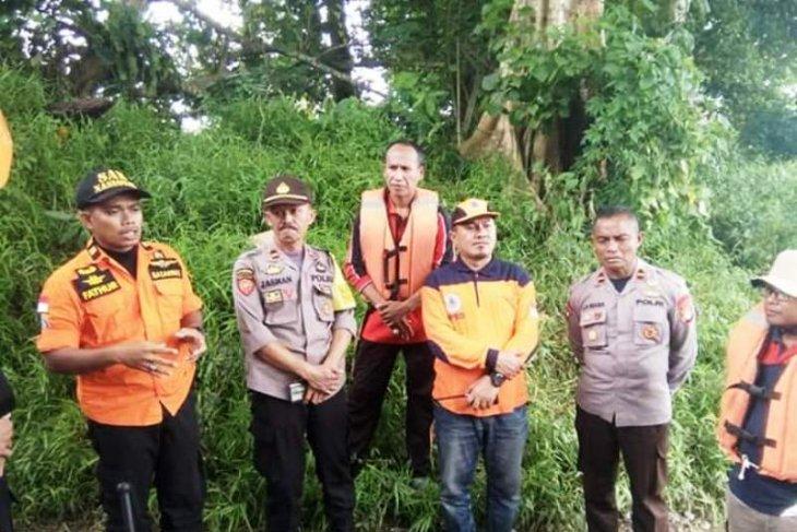 Pencarian suami istri hilang di Sungai Kelonding berlanjut