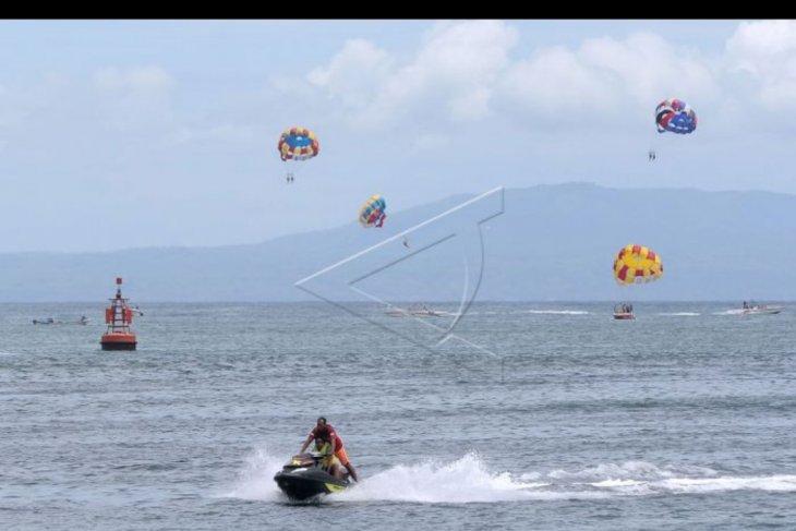 Wisata 'water sport' terkendala cuaca