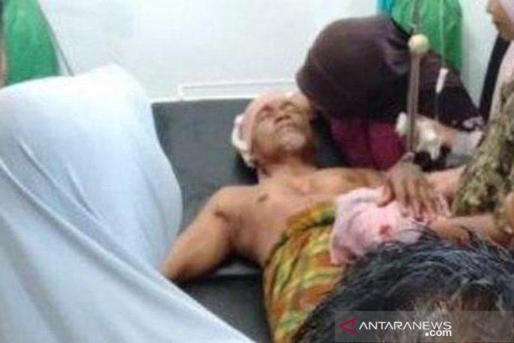 Guru pesantren dibacok orang gila di Aceh Jaya