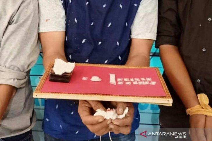 Polisi Aceh Utara tangkap tiga pria saat transaksi sabu-sabu
