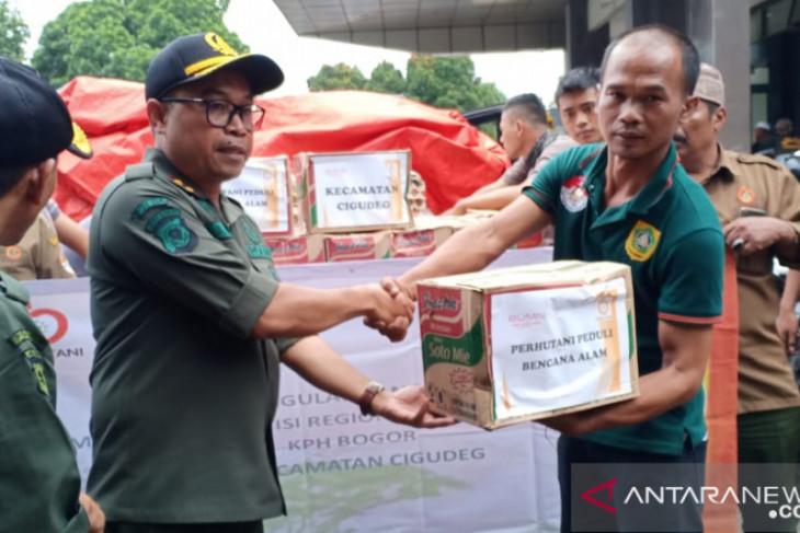 Perhutani kirim bantuan untuk korban bencana di Bogor
