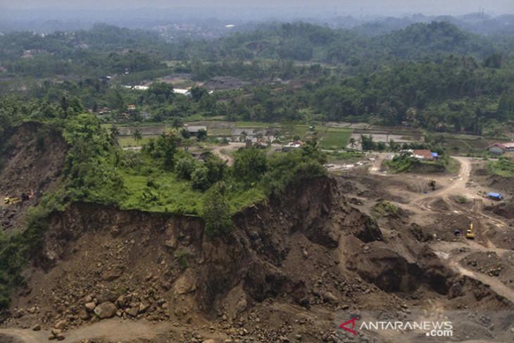 Tambang pasir ilegal Tasikmalaya