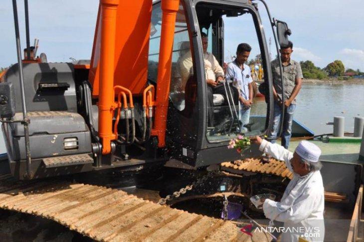 Kuala Idi Aceh Timur siap dikeruk