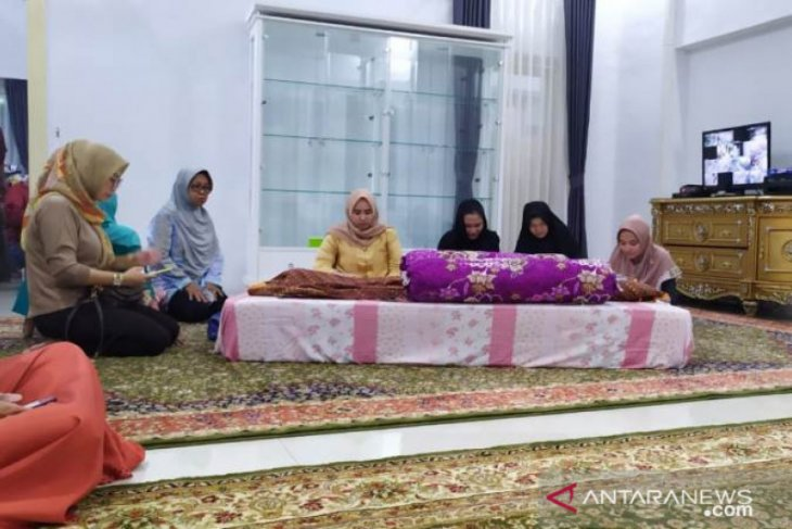 Istri Wakil Wali Kota Pangkalpinang meninggal dunia, Molen ajak masyarakat doakan mendiang