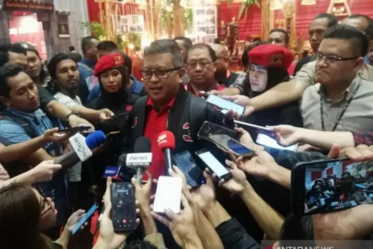 Sekjen PDIP bantah berada di PTIK saat OTT Komisioner KPU