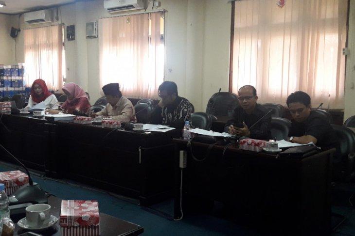 Komisi I bahas penanganan sosial bagi warga miskin