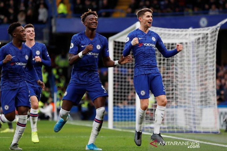 Liga Inggris, Chelsea lumat Burnley tiga gol tanpa balas