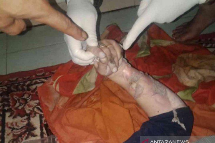 Iwah, IRT di Bekasi tewas tersengat listrik dari tiang bekas terendam banjir