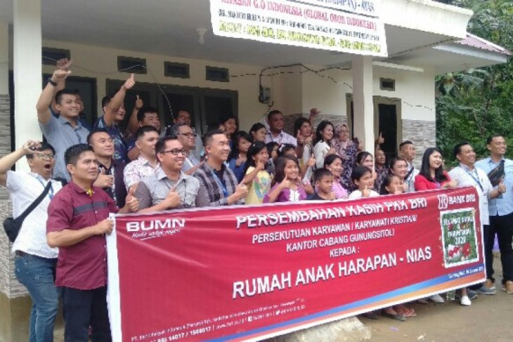 Persatuan Karyawan BRI Gunungsitoli bantu anak panti