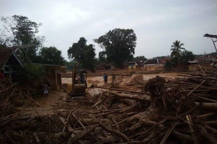 Di Lebak 18 pesantren rusak berat diterjang banjir bandang
