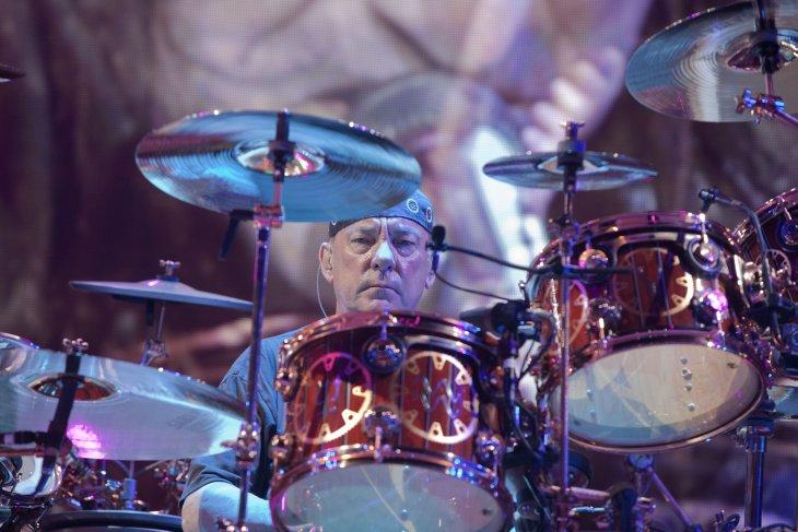 Drummer Rush, Neil Peart meninggal dunia