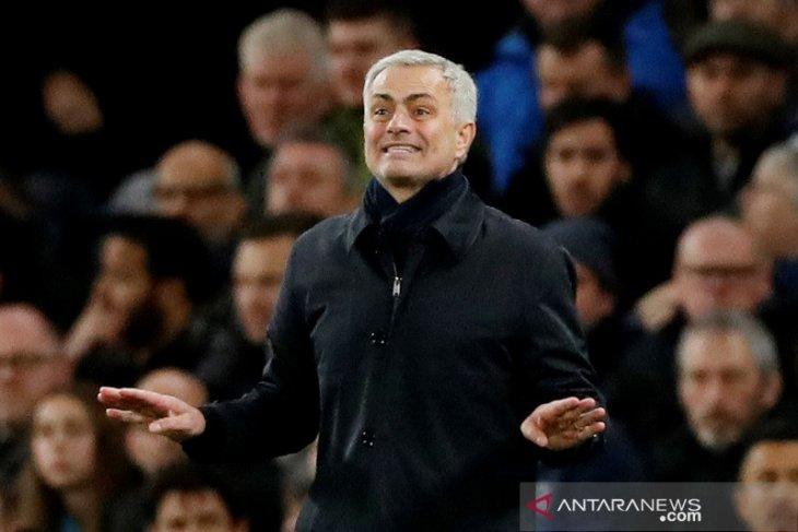 Liga Inggris: Mourinho umbar pujian untuk pemain Tottenham walau main tanpa gol