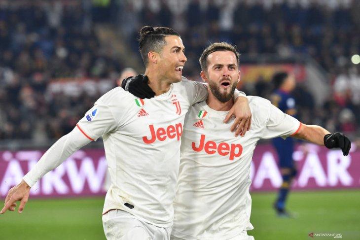 Liga Italia, Juve menjadi juara musim dingin setelah pecundangi Roma