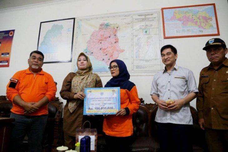 Bupati Irna Narulita bantu Rp100 juta untuk korban banjir Lebak