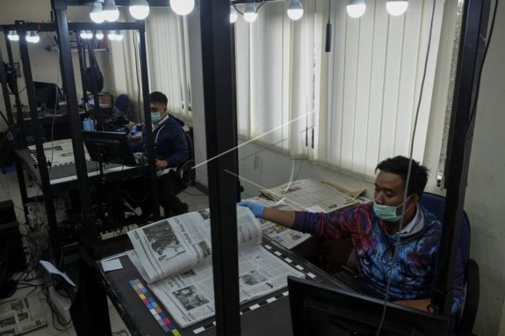Digitalisasi arsip surat kabar