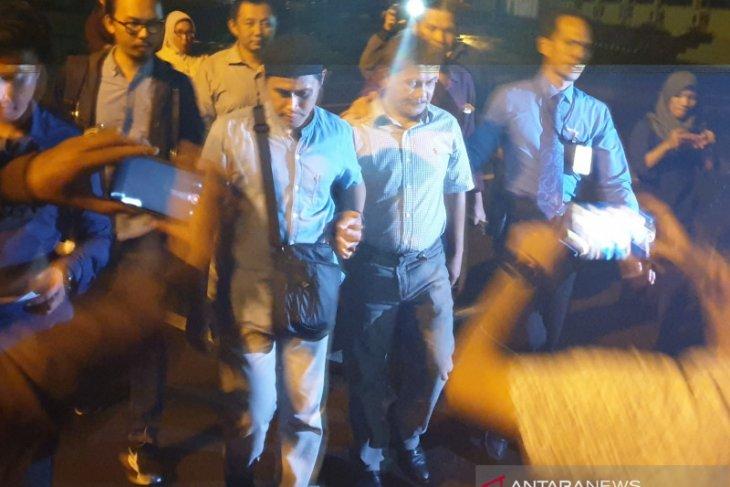 Selasa malam, Wabup OKU ditahan terkait korupsi tanah kuburan